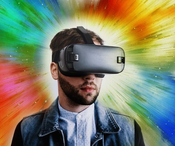 What Virtual Reality Headset Should I Buy